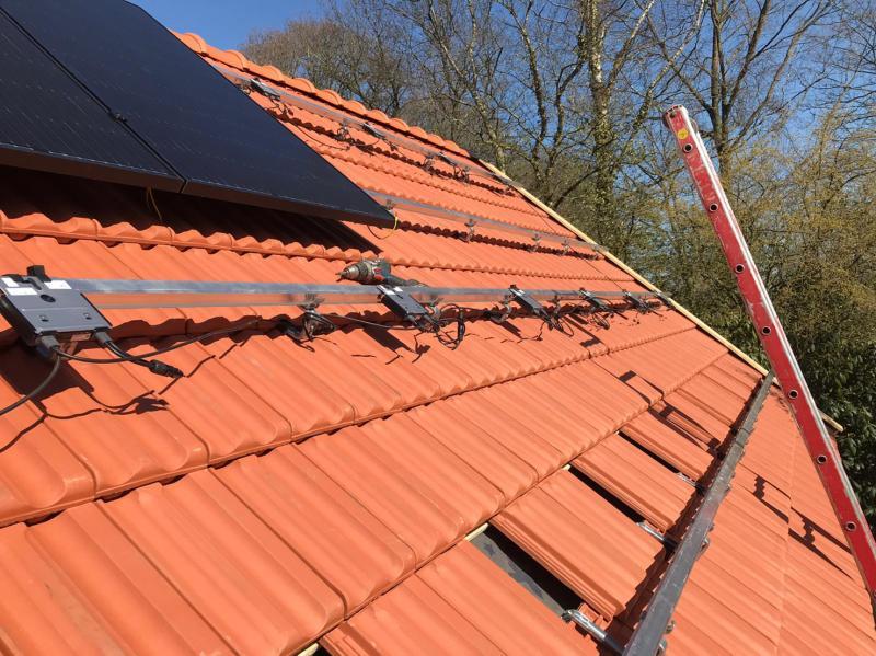 Aanleg zonnepanelen